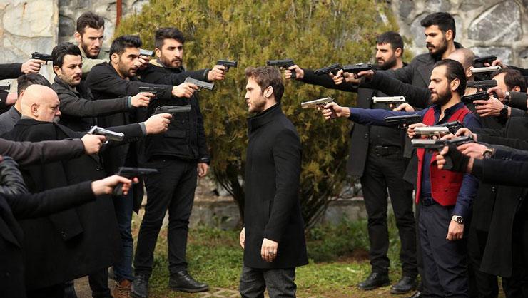 عکسهای زیبا از بازیگران سریال ترکی گودال