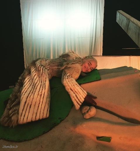 دنریس تارگرین بازیگر زن بازی تاج و تخت