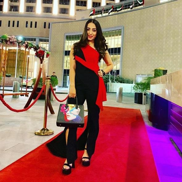 تصاویر زیبا و جدید Farzana Naz در اینستاگرام و فیسبوک
