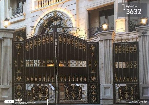مدل درب ورودی ساختمان سیاه